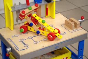 Garages & véhicules, Figurines, Bouliers, Jeux à tirer et à pousser, Formes & constructions, Cordes à sauter, Puzzles